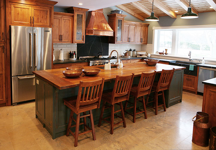 Kitchen Cabinets & Renovations