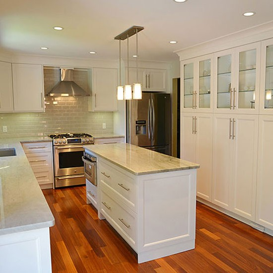 Custom Kitchen Renovations & Cabinets