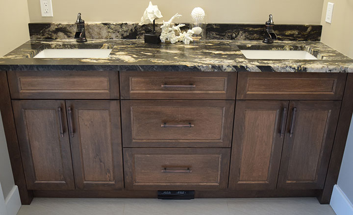 port Elgin Custom Bathroom Cabinets & Finishes
