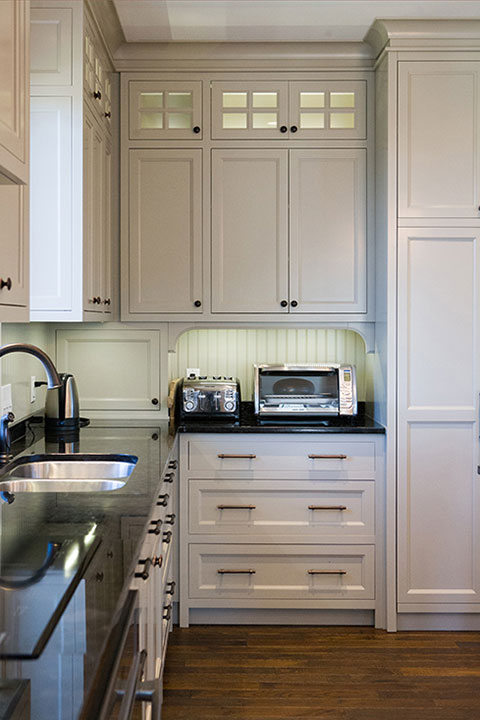 Custom Kitchen Cabinets and KItchen Design