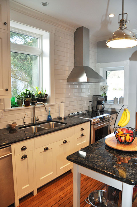 Ontario Custom Cabinets and Kitchens
