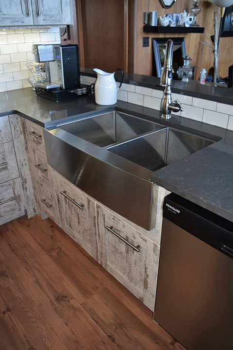 Ontario Custom Kitchen Cabinets & Finishes