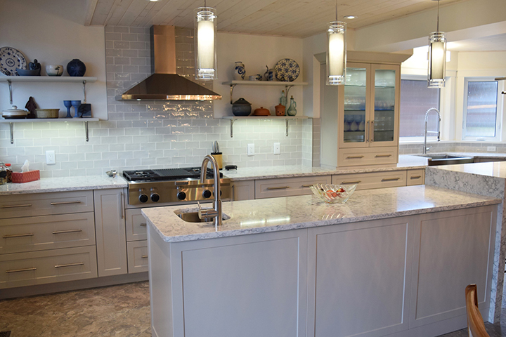 Custom Kitchens & Renovations