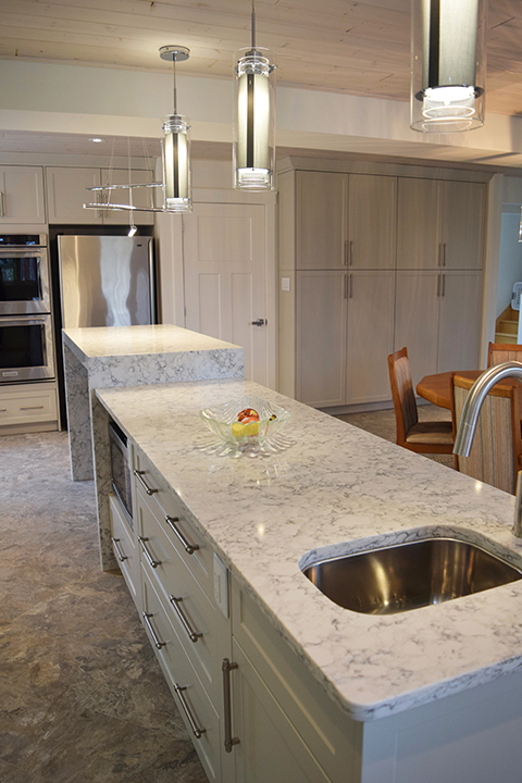 Kitchen Design, Custom Cabinets & Renovation